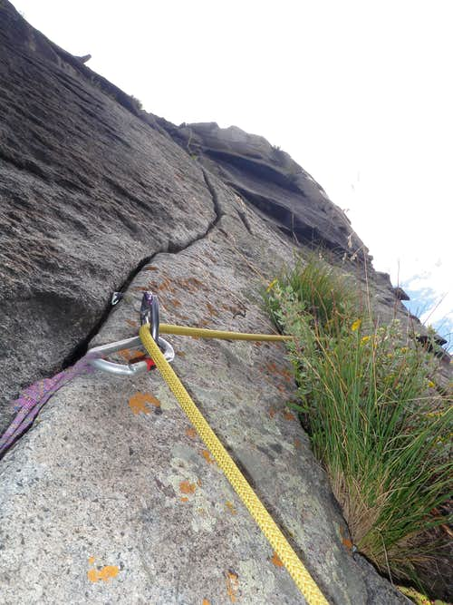 Thin crack on pitch 2
