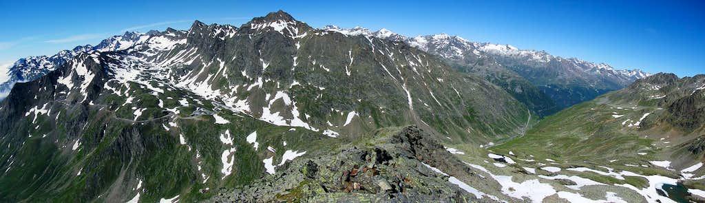 Italian and Austrian side of Otztaler Alps