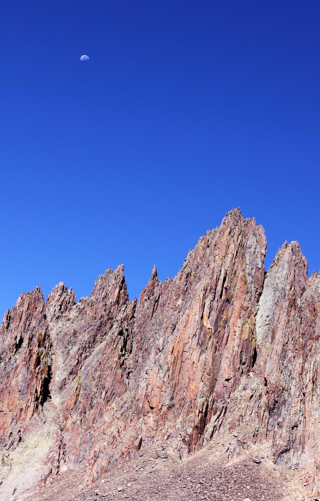 Spires on the SW ridge of Sneffels
