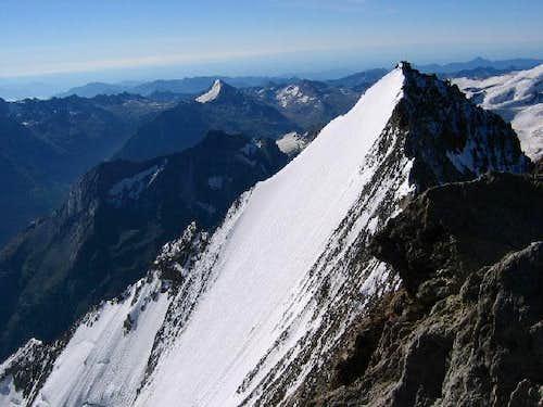Lenzspitze (4 294 m) vu du...