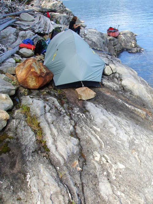 Canoe camp on bedrock