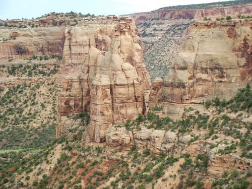 Large Towers at Colorado Monument
