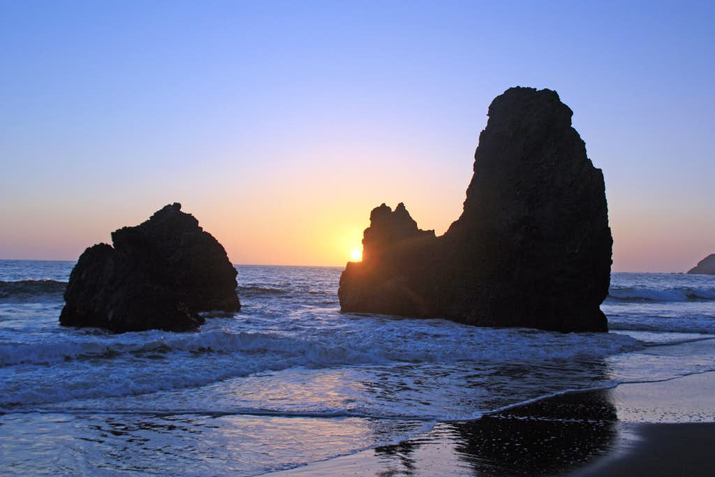 Sea stack sunset at Rodeo Beaach