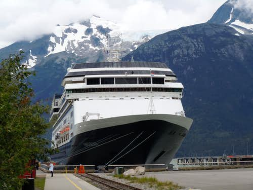 Hiking the Alaska Adventurer Cruise