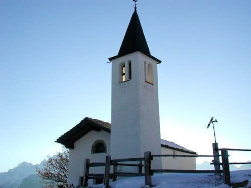 The small church of Vetan,...