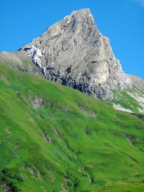 The Roggspitze (2747m)