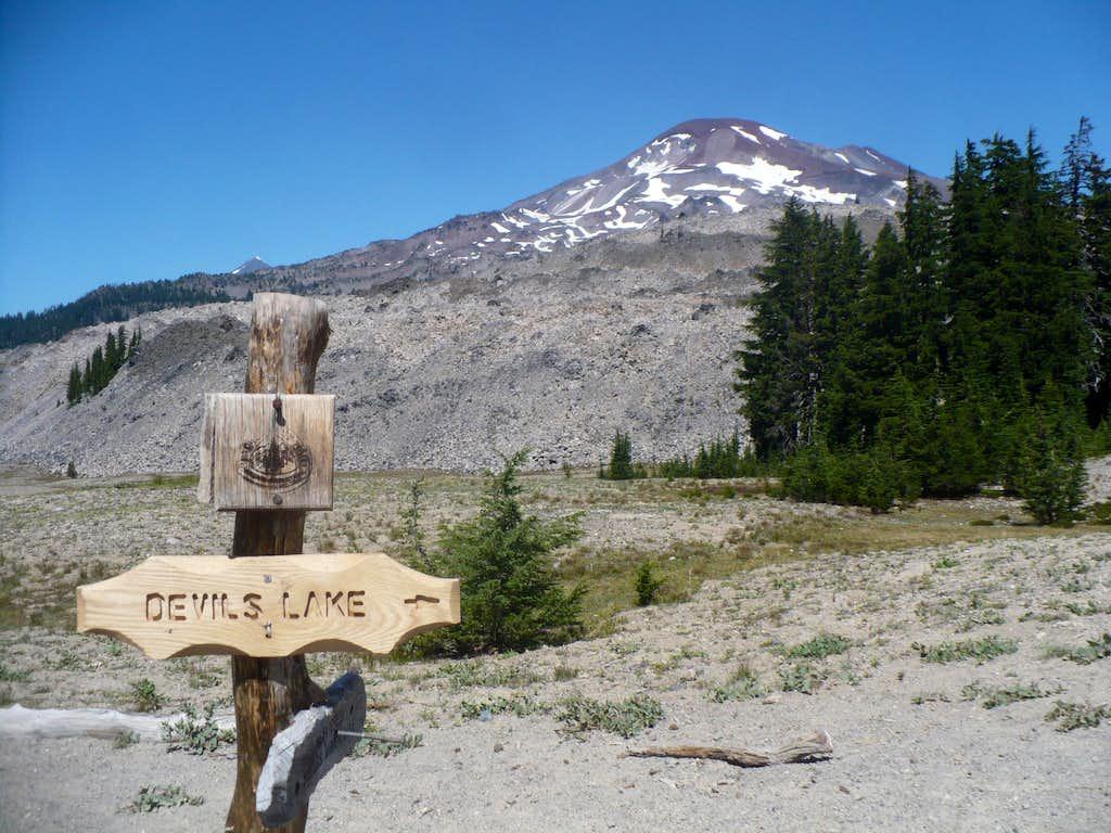 Devil's Lake Trail