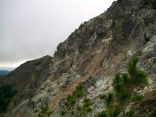 The southern ledges of Bills Peak
