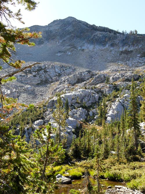 Plummer\'s west ridge from Everly Lake