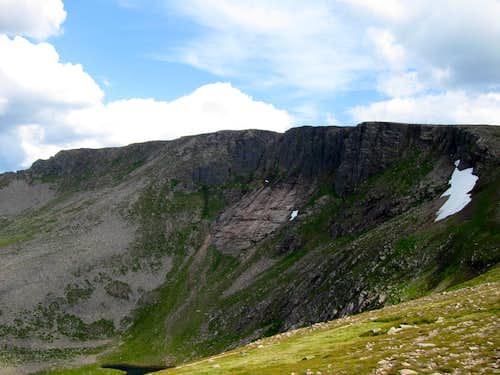 The Great Slab under Cairn Lochan