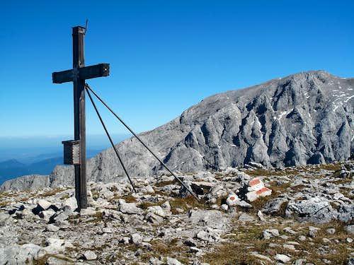 The summit cross on the Hohes Brett (2338m)