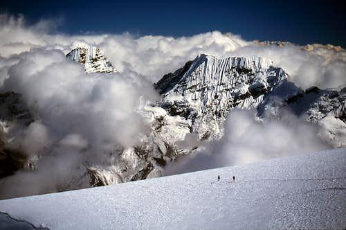Hongu Peaks from Mera