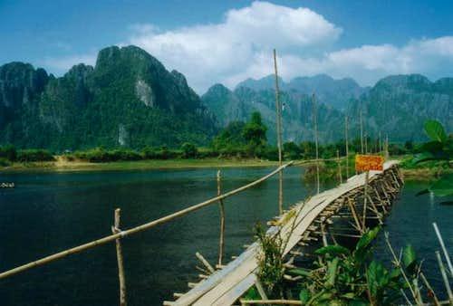 Vang Vieng - rockclimbing area