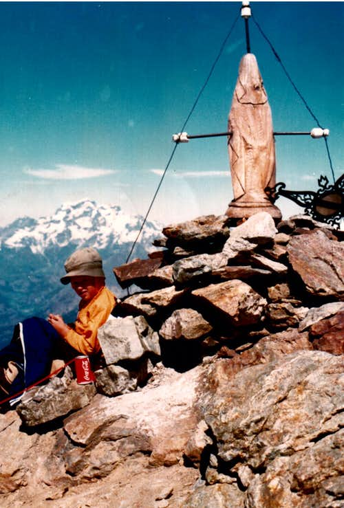 <font color=green>EMILIUS</FONT> CHRISTIAN, seven years old,  on SUMMIT, 1980 with <font color=purple><i>ANCIENT</I> CROSS & VIRGO</FONT>