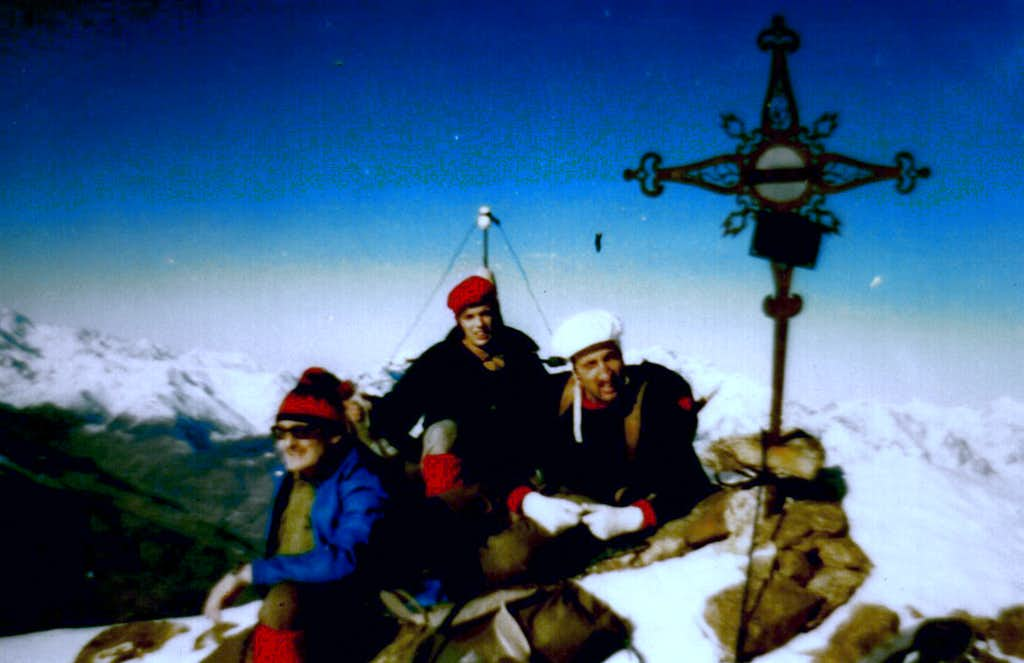 On EMILIUS's SUMMIT January 05th, 1975 Five WINTER ASCENT first & sole in day from Gimillan