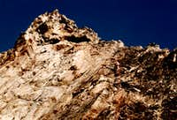 <b><font color=green>GARIN PEAK 1978</font> New and Integral Route <font color=red>SOUTH-SOUTHWEST BUTTRESS First Ascent</FONT> towards terminal part </font></B>