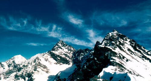<font color=blue><b>GARIN PEAK try First Winter Ascent of S-SW SPUR; Arpisson's Three Coupéès Points First Ascent</font> <font color=brown>January 08th, 1978</font></b></b>