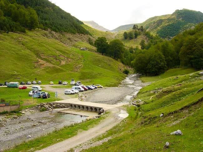 The parking of Tacheras near...