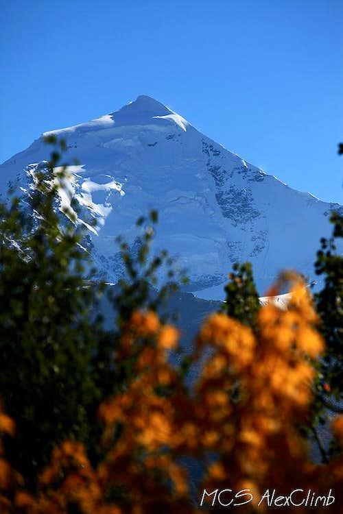 Autumn views of Tetnuld