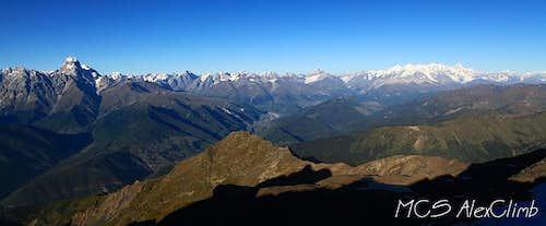 Panaram of Main Caucasus from Layla pass