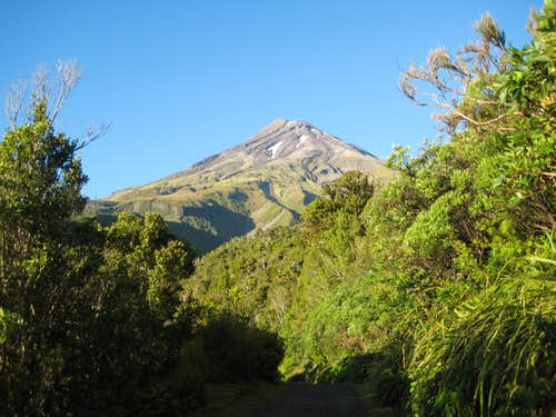 Mt Egmont/Taranaki North Aspect