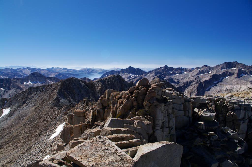 summit view towards kings canyon