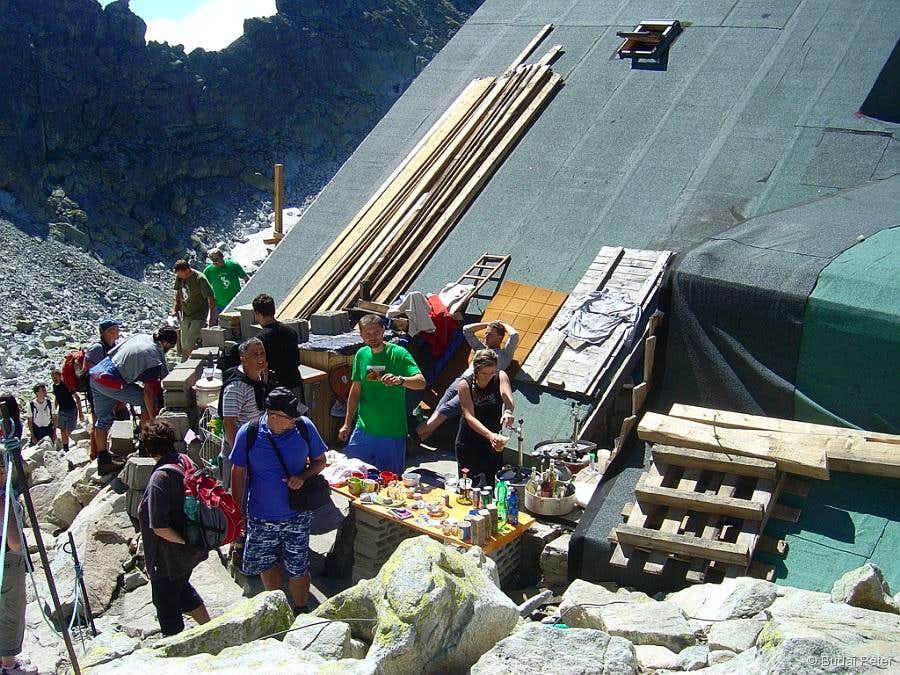 Chata pod Rysmi - open air buffet