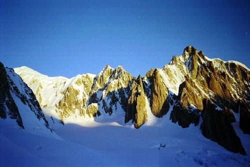 General view from the glacier...