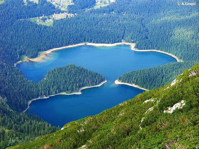 Crno Jezero