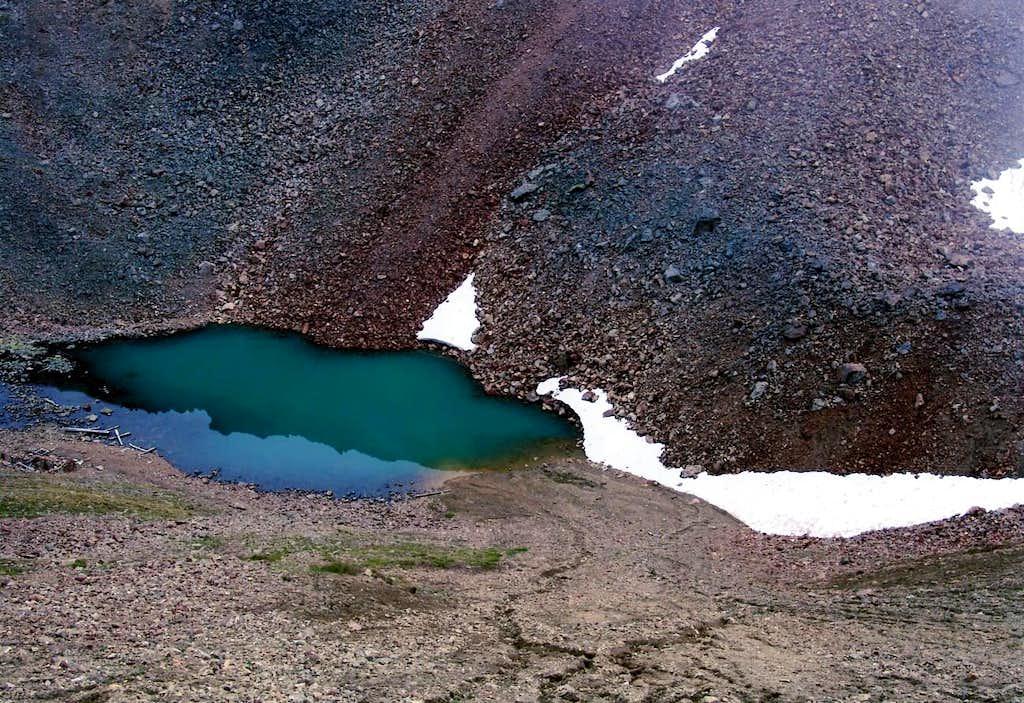 <b><font color=blue>Peckoz tiny Lake</b></font>
