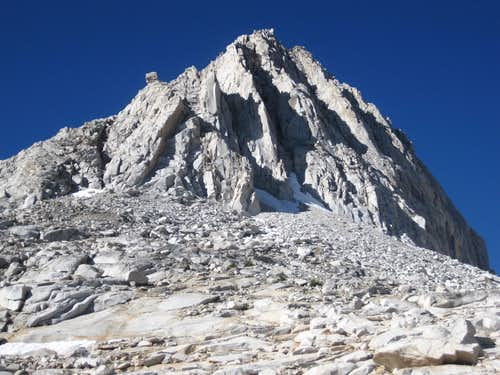 Bear Claw Spire / Treasure Peak