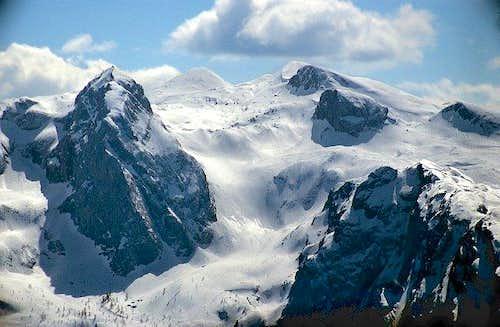 Wieselsteine (peaks at the...