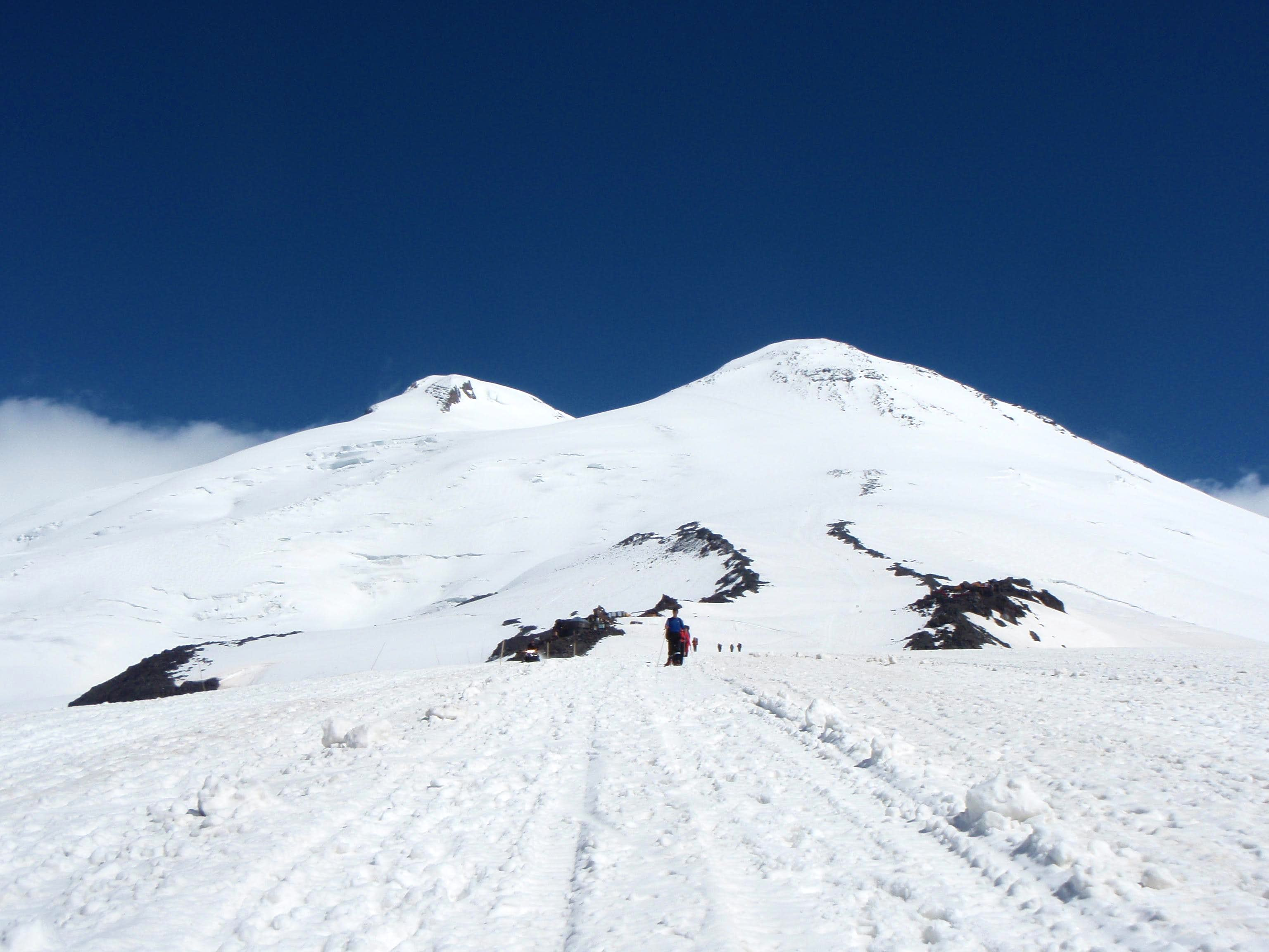 Mount Elbrus - Divided impressions
