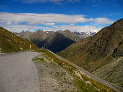Soldener Glacier Road