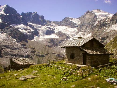 Park Rangers Hut at casolari dell'Herbetet 2435m