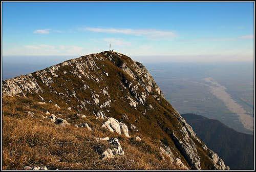 Monte Raut summit