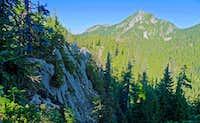 Cliffs on N ridge of Alpine Baldy
