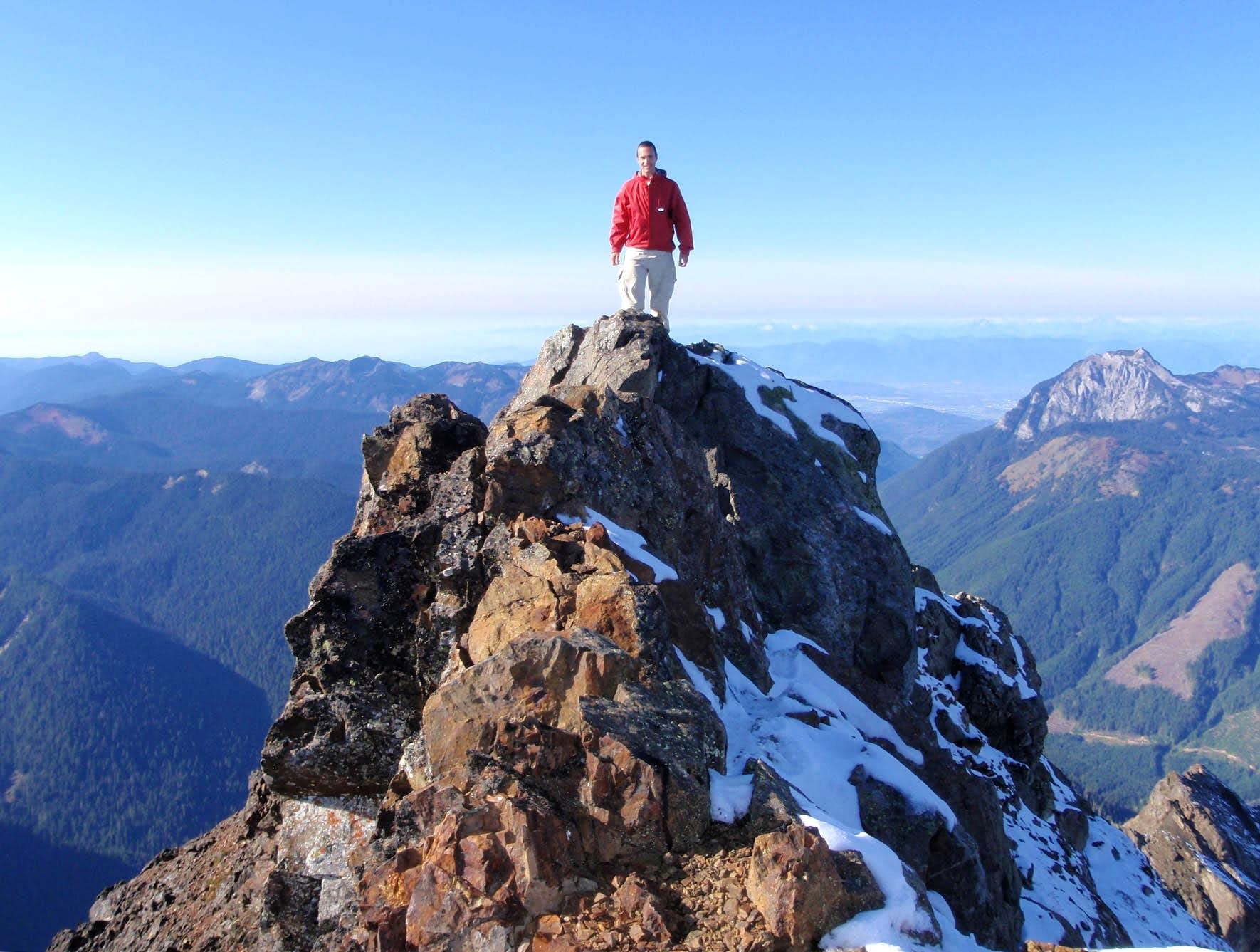 Tomyhoi Peak Summit October 2010