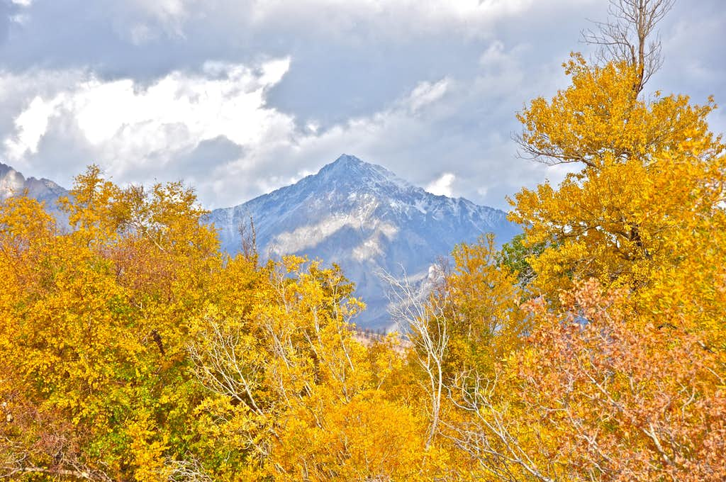 Mount Tom and colors