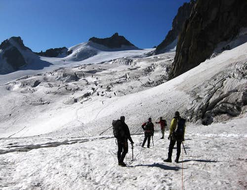 Towards the Glacier du Geant