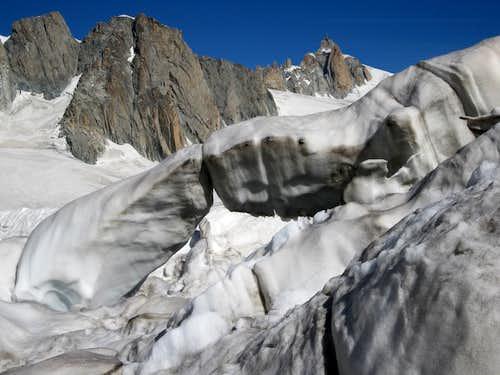 Snowbridge on Glacier du Geant