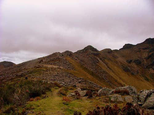 Sincholagua's upper ridge.