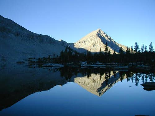 Arrow Peak from Bench Lake in...