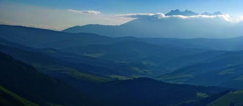 Tatry from Trzy Korony