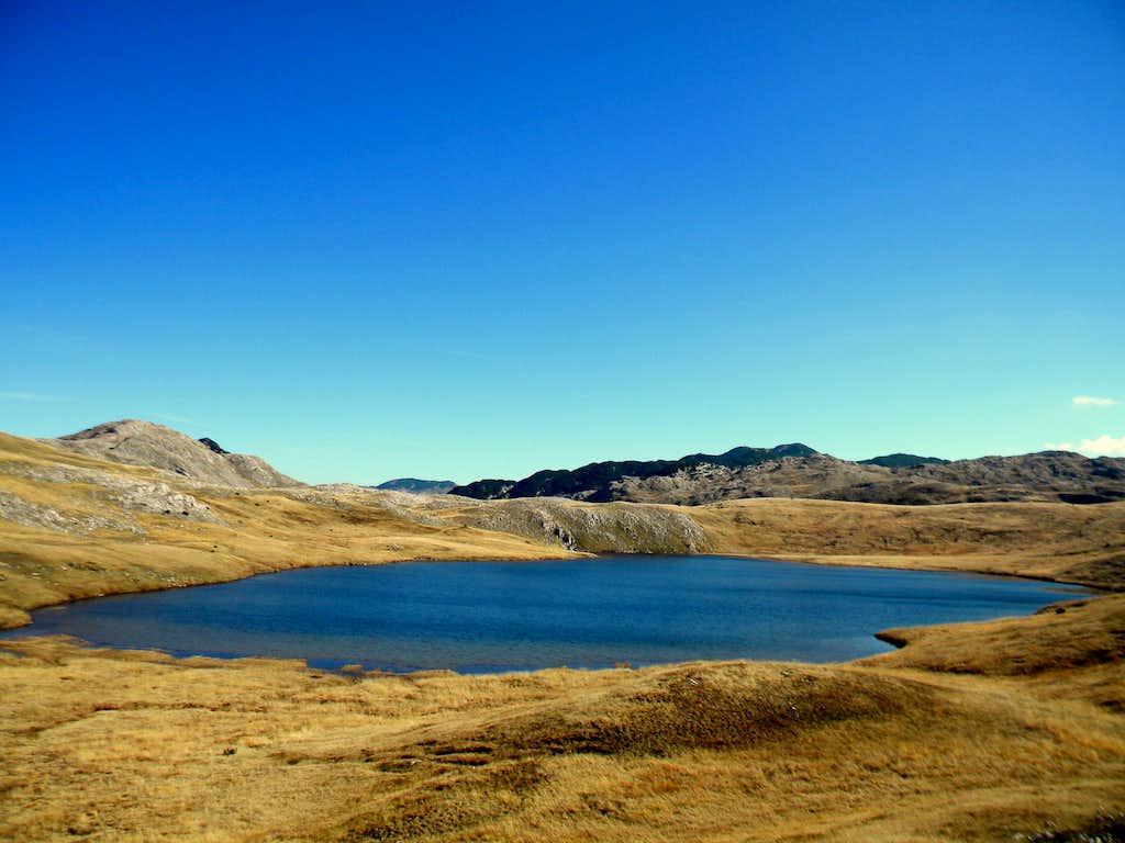 Štirinsko jezero (lake)