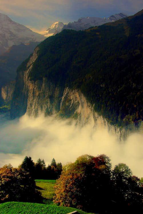 Autumn impression of Lauterbrunnental withTschingelhorn in the background