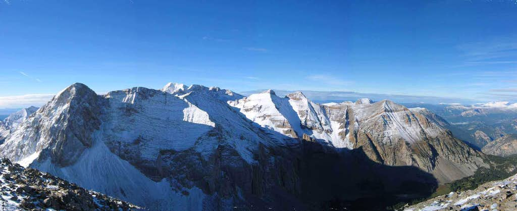 Summit panorama from Peña de las Once