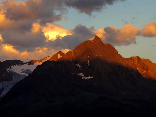 Ramolkogel (3550m) Alpenglow at 8pm
