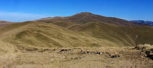 Traversing Grohotiş mountains