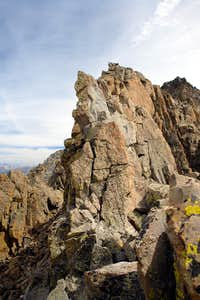 "Narrow ridge on the traverse from ""West Wilson"" to the main summit"